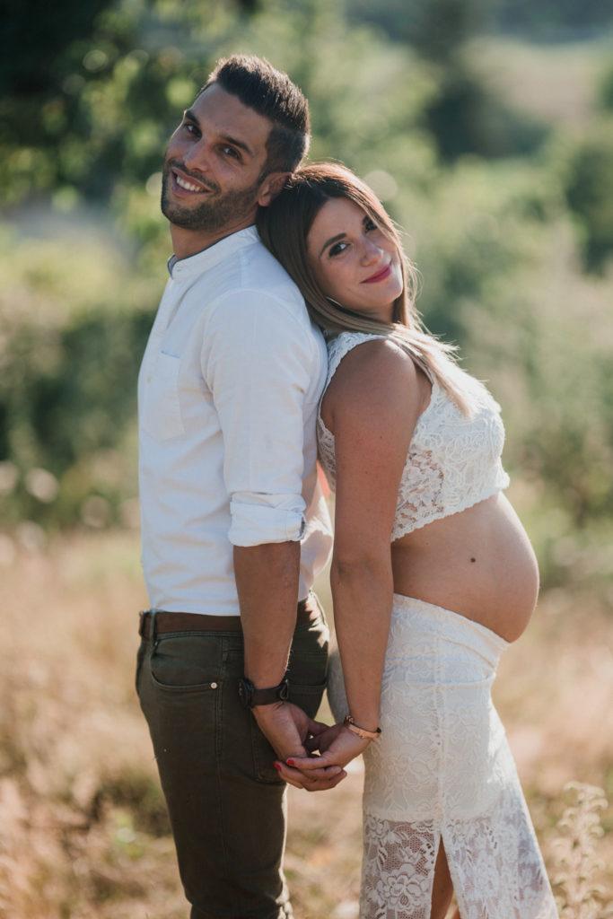 Ben Lévy séance photo grossesse couple extérieur